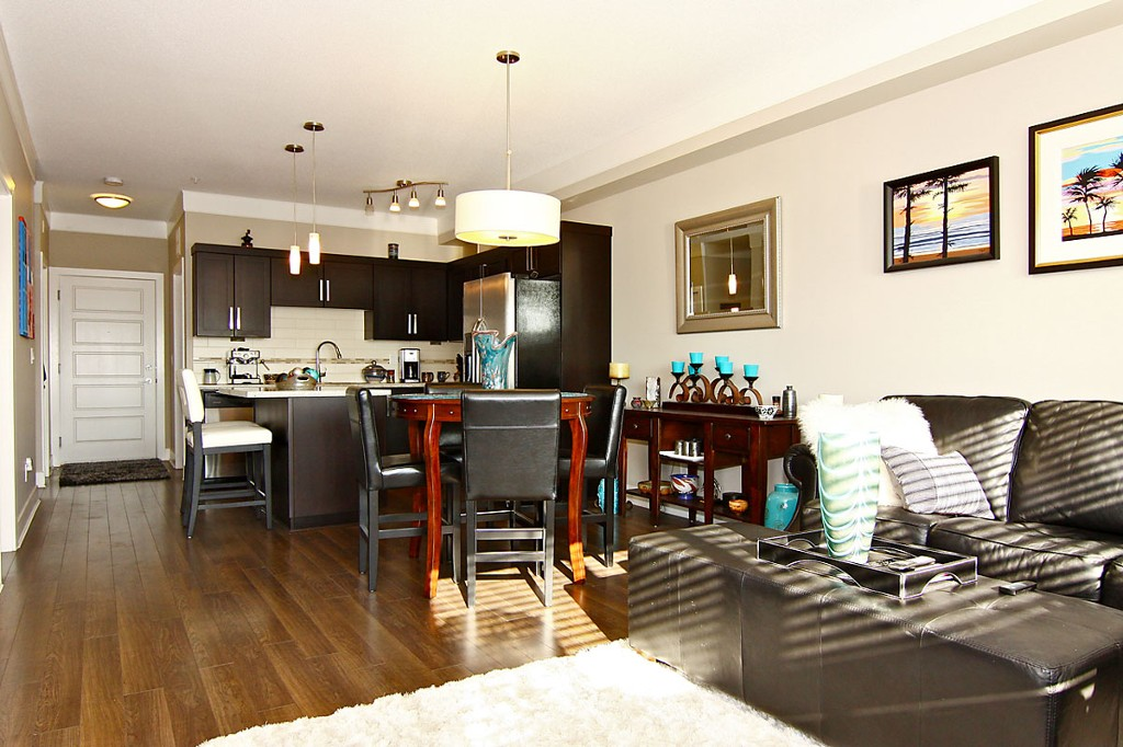 "Photo 13: 307 20630 DOUGLAS Crescent in Langley: Langley City Condo for sale in ""Blu"" : MLS® # F1413679"