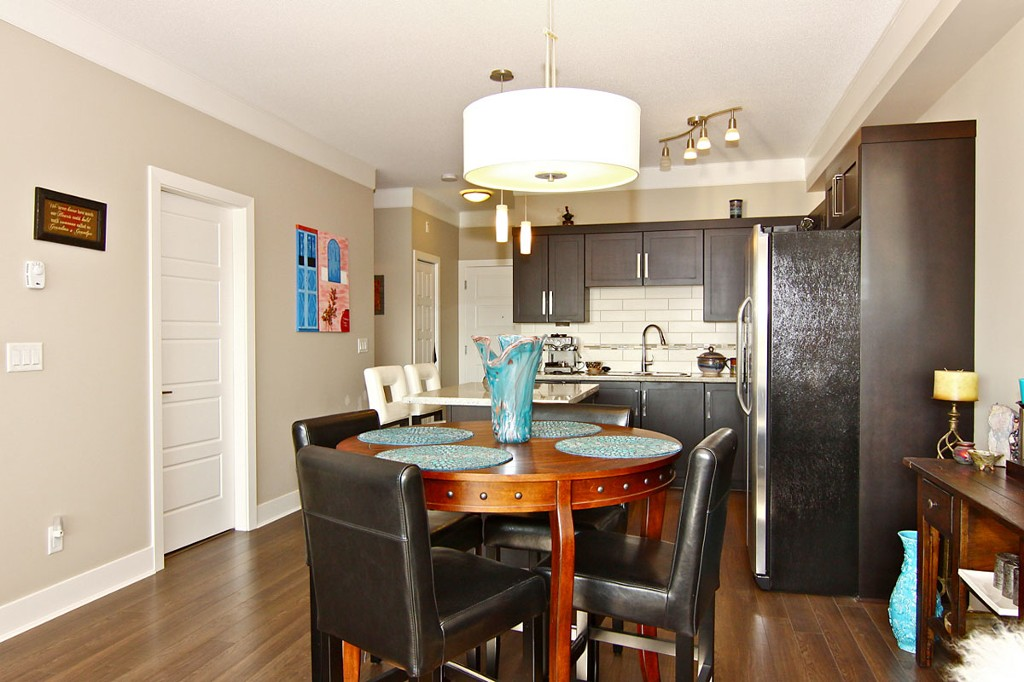 "Photo 4: 307 20630 DOUGLAS Crescent in Langley: Langley City Condo for sale in ""Blu"" : MLS® # F1413679"