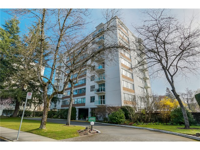 "Main Photo: 705 6076 TISDALL Street in Vancouver: Oakridge VW Condo for sale in ""Mansion House Co Op"" (Vancouver West)  : MLS® # V1110122"