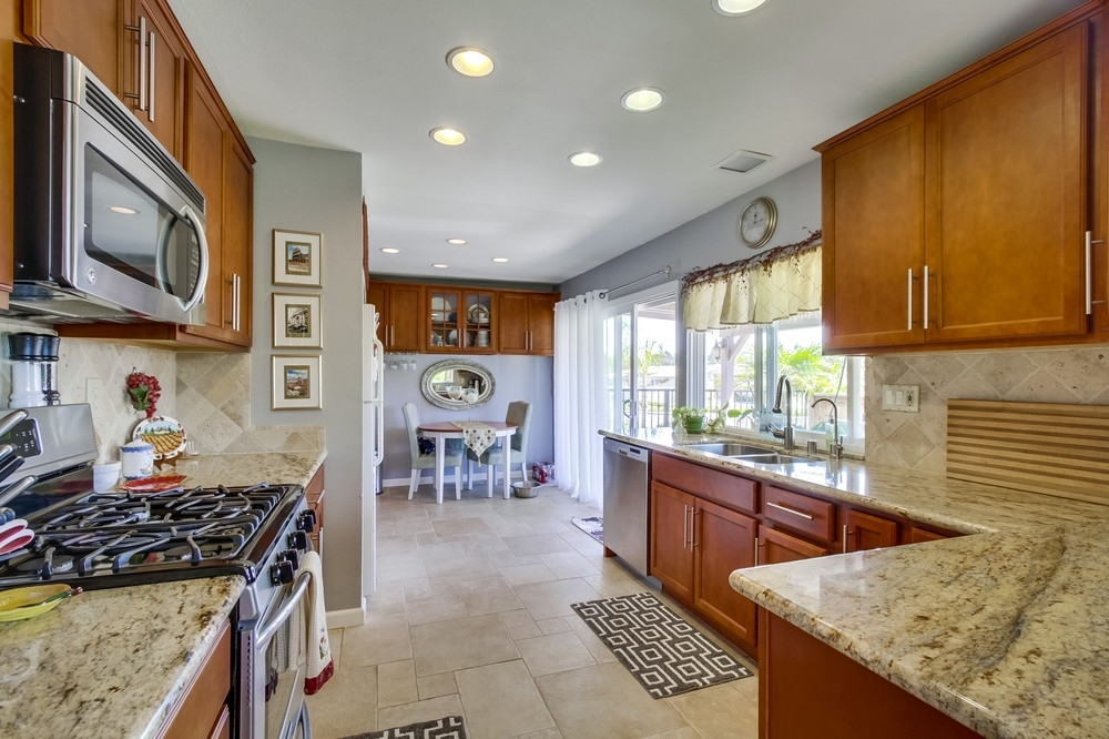 Photo 7: RANCHO BERNARDO House for sale : 3 bedrooms : 11487 Aliento in San Diego