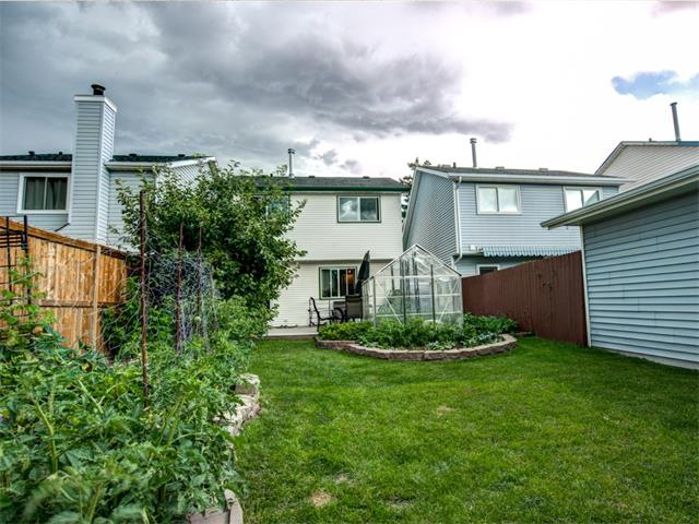 Photo 23: 27 Woodmont Green SW in Calgary: Woodbine House for sale : MLS® # C4022488