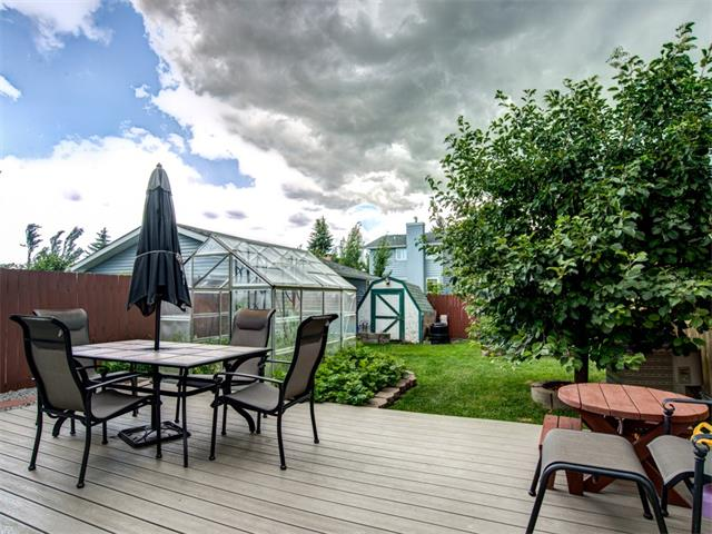 Photo 21: 27 Woodmont Green SW in Calgary: Woodbine House for sale : MLS® # C4022488