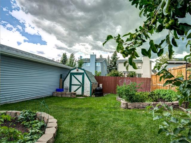 Photo 22: 27 Woodmont Green SW in Calgary: Woodbine House for sale : MLS® # C4022488