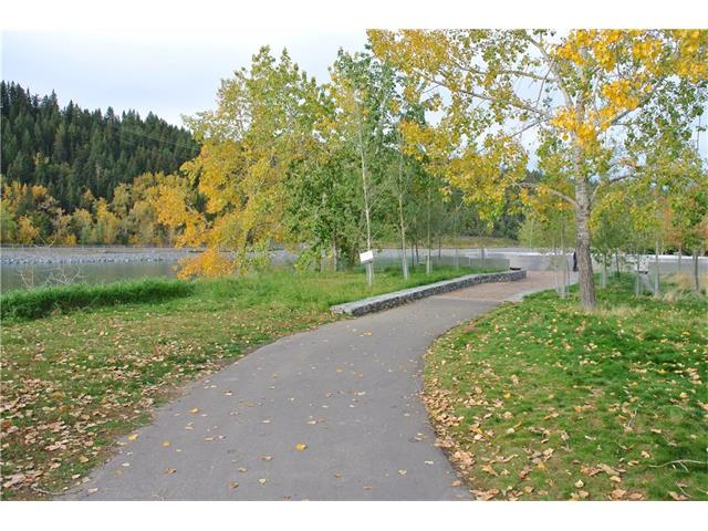 Photo 3: 107 3412 PARKDALE Boulevard NW in Calgary: Parkdale Condo for sale : MLS® # C4043389