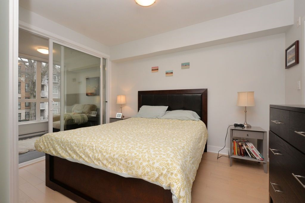 "Photo 11: 206 2020 W 12TH Avenue in Vancouver: Kitsilano Condo for sale in ""2020"" (Vancouver West)  : MLS(r) # R2042583"