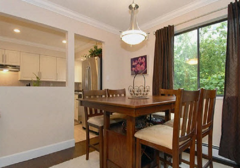 "Photo 3: 202 1368 FOSTER Street: White Rock Condo for sale in ""Kingfisher"" (South Surrey White Rock)  : MLS(r) # R2042311"