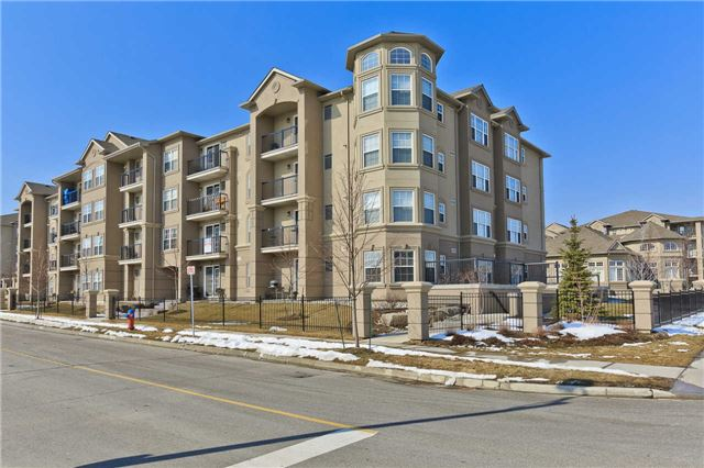 Main Photo: 203 1390 E Main Street in Milton: Dempsey Condo for sale : MLS® # W3432739