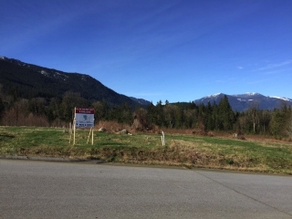 Main Photo: LOT 8 CASCADIA PARKWAY in Gibsons: Gibsons & Area Home for sale (Sunshine Coast)  : MLS® # R2044998