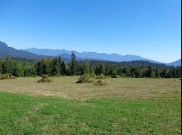 Photo 10: Photos: LOT 8 CASCADIA PARKWAY in Gibsons: Gibsons & Area Home for sale (Sunshine Coast)  : MLS®# R2044998