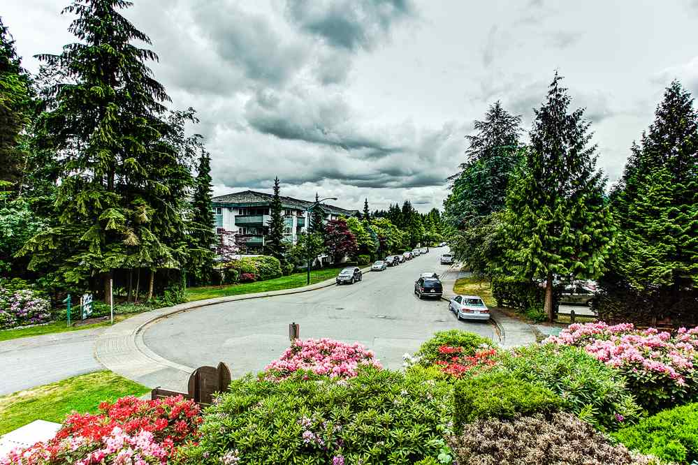 "Photo 16: 201 1150 DUFFERIN Street in Coquitlam: Eagle Ridge CQ Condo for sale in ""GLEN EAGLES"" : MLS® # R2072453"