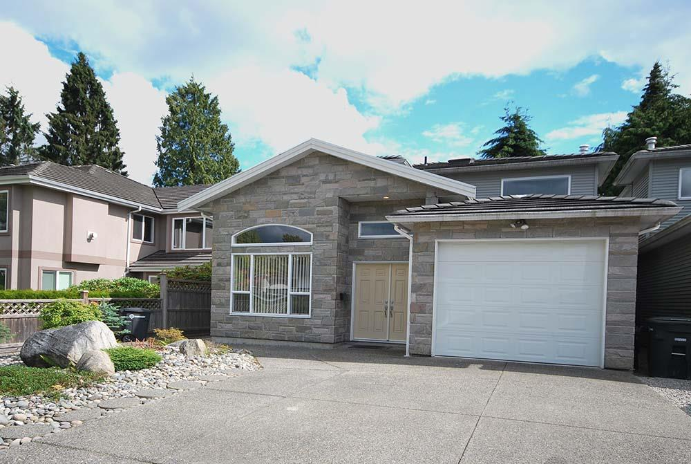 Main Photo: 7008 UNION Street in Burnaby: Sperling-Duthie House 1/2 Duplex for sale (Burnaby North)  : MLS(r) # R2081125