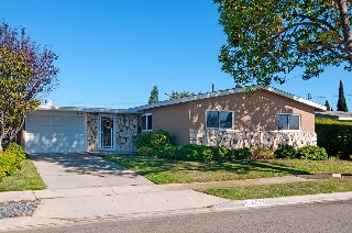 Main Photo: CLAIREMONT House for sale : 3 bedrooms : 4635 CHESHIRE St. in San Diego