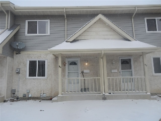 Main Photo: 9619 180 Street in Edmonton: Zone 20 Townhouse for sale : MLS(r) # E4045357