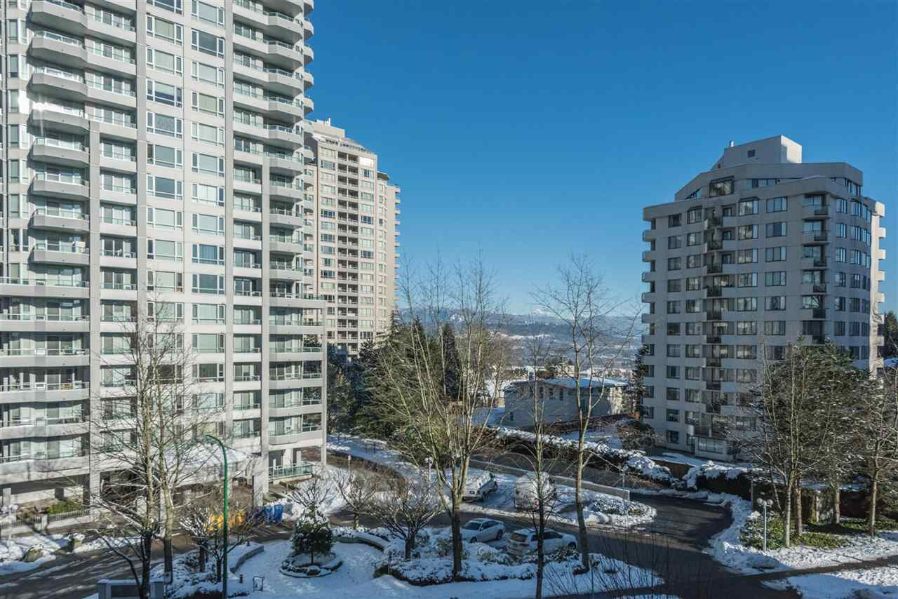 "Photo 12: 305 4808 HAZEL Street in Burnaby: Forest Glen BS Condo for sale in ""CENTREPOINT"" (Burnaby South)  : MLS® # R2127405"