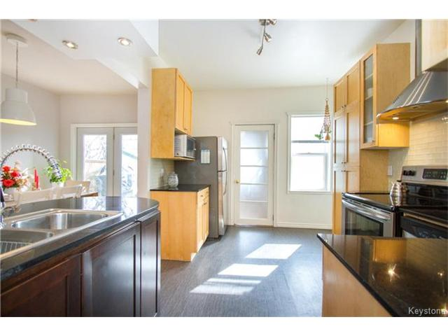 Photo 8: 364 Morley Avenue in Winnipeg: Fort Rouge Residential for sale (1Aw)  : MLS® # 1705166
