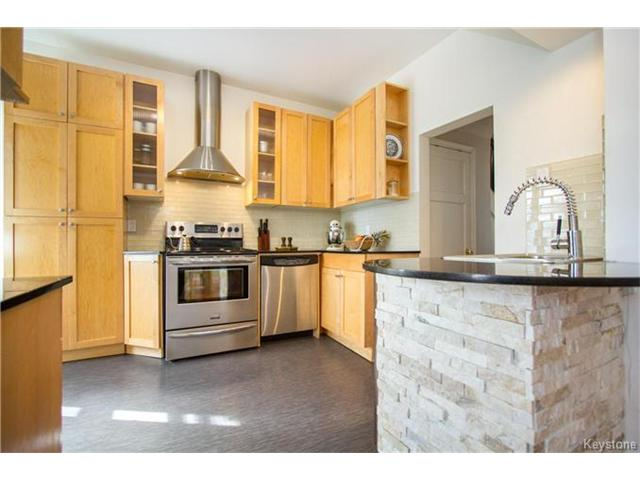 Photo 7: 364 Morley Avenue in Winnipeg: Fort Rouge Residential for sale (1Aw)  : MLS® # 1705166