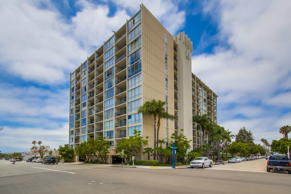 Photo 19: PACIFIC BEACH Condo for sale : 2 bedrooms : 4944 CASS STREET #504 in San Diego