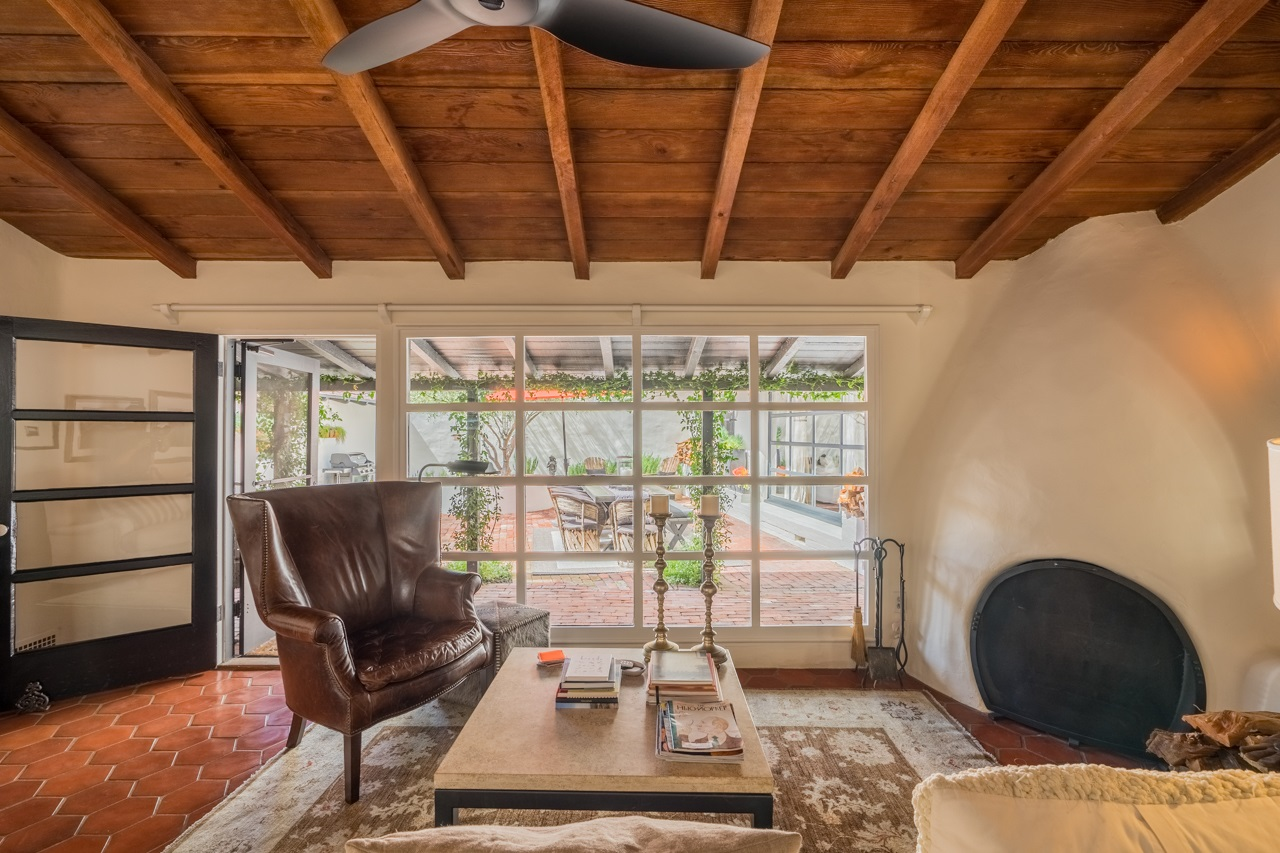 Photo 2: KENSINGTON House for sale : 4 bedrooms : 4338 Adams Ave in San Diego