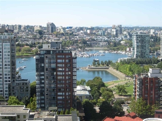 "Main Photo: 2708 198 AQUARIUS Mews in Vancouver: Yaletown Condo for sale in ""AQUARIUS II"" (Vancouver West)  : MLS(r) # R2154976"