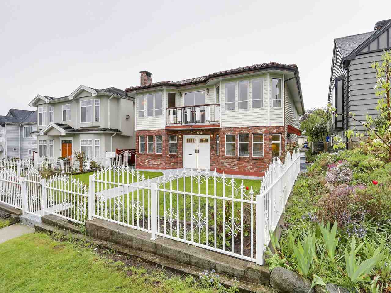 Main Photo: 3064 KITCHENER Street in Vancouver: Renfrew VE House for sale (Vancouver East)  : MLS® # R2161976