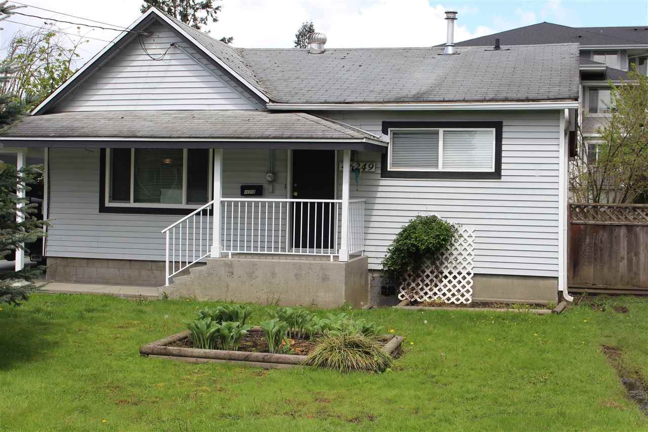 Main Photo: 46249 SECOND Avenue in Chilliwack: Chilliwack E Young-Yale House for sale : MLS® # R2164294
