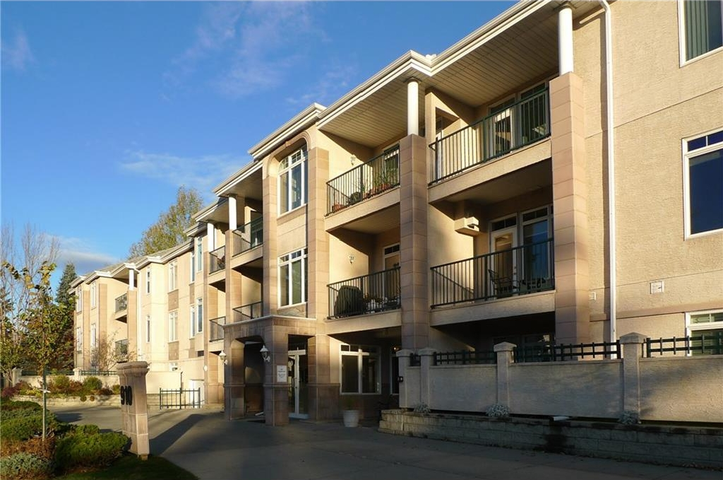 Photo 1: 103 910 70 Avenue SW in Calgary: Kelvin Grove Condo for sale : MLS(r) # C4120175