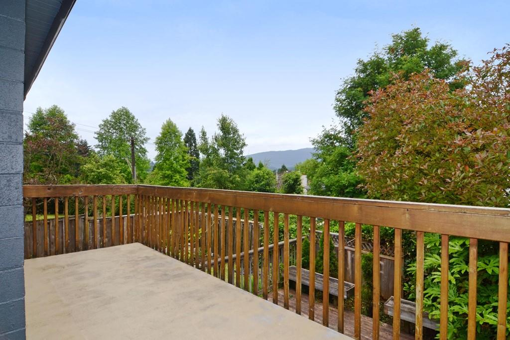 Photo 18: 3213 PINDA Drive in Port Moody: Port Moody Centre House for sale : MLS(r) # R2180092