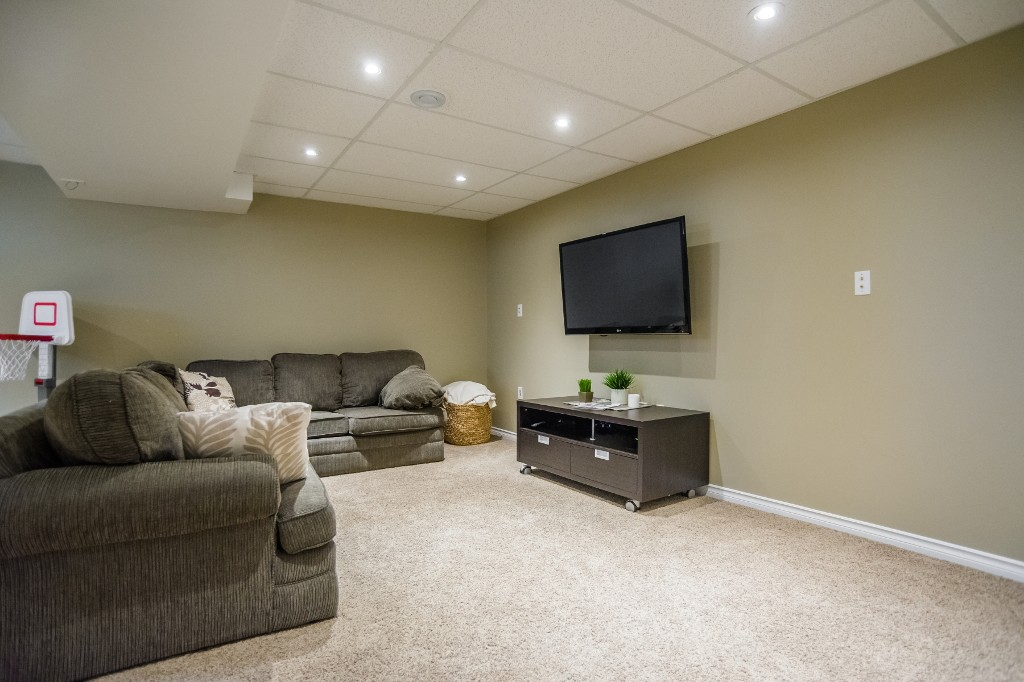 Photo 24: 533 Vanier Crescent in Saskatoon: Pacific Heights Residential for sale : MLS® # SK700108