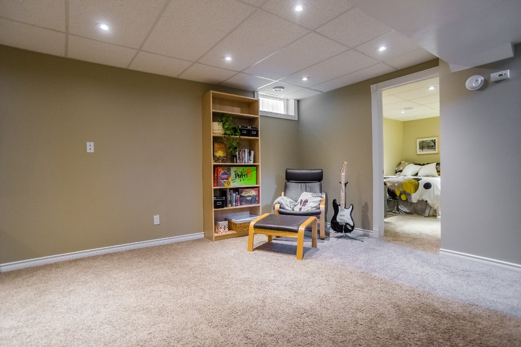 Photo 33: 533 Vanier Crescent in Saskatoon: Pacific Heights Residential for sale : MLS® # SK700108