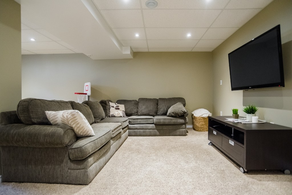 Photo 25: 533 Vanier Crescent in Saskatoon: Pacific Heights Residential for sale : MLS® # SK700108