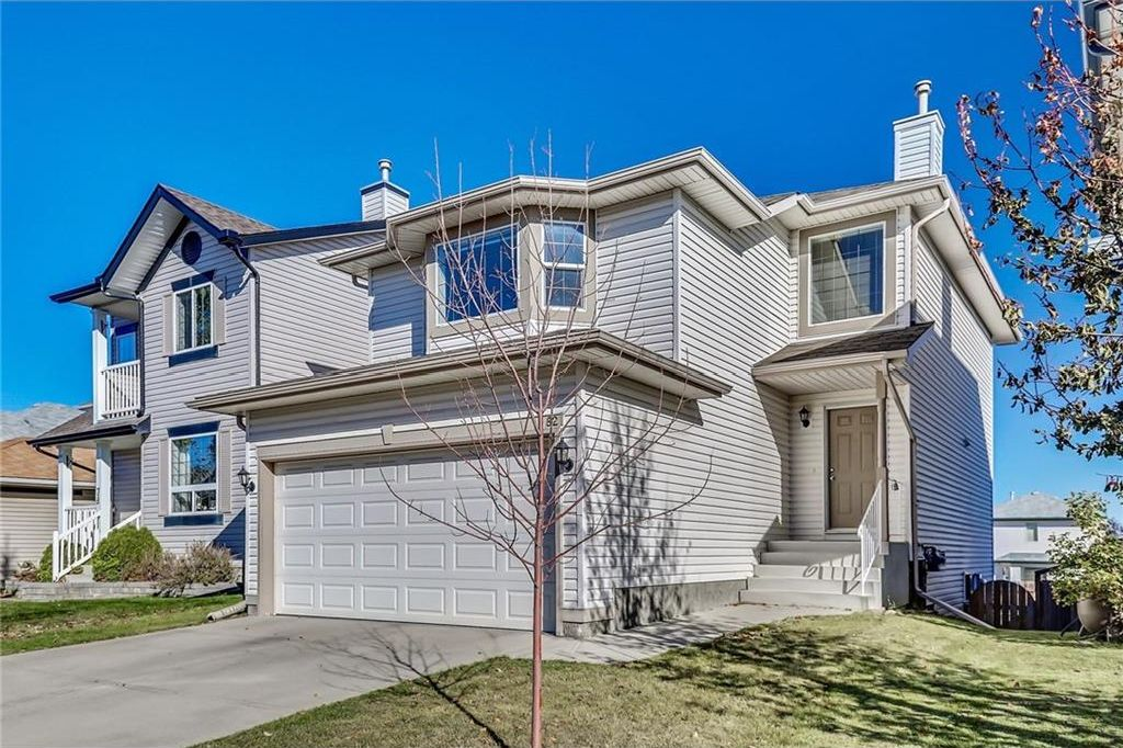 Main Photo: 82 COVEWOOD Circle NE in Calgary: Coventry Hills House for sale : MLS® # C4141062