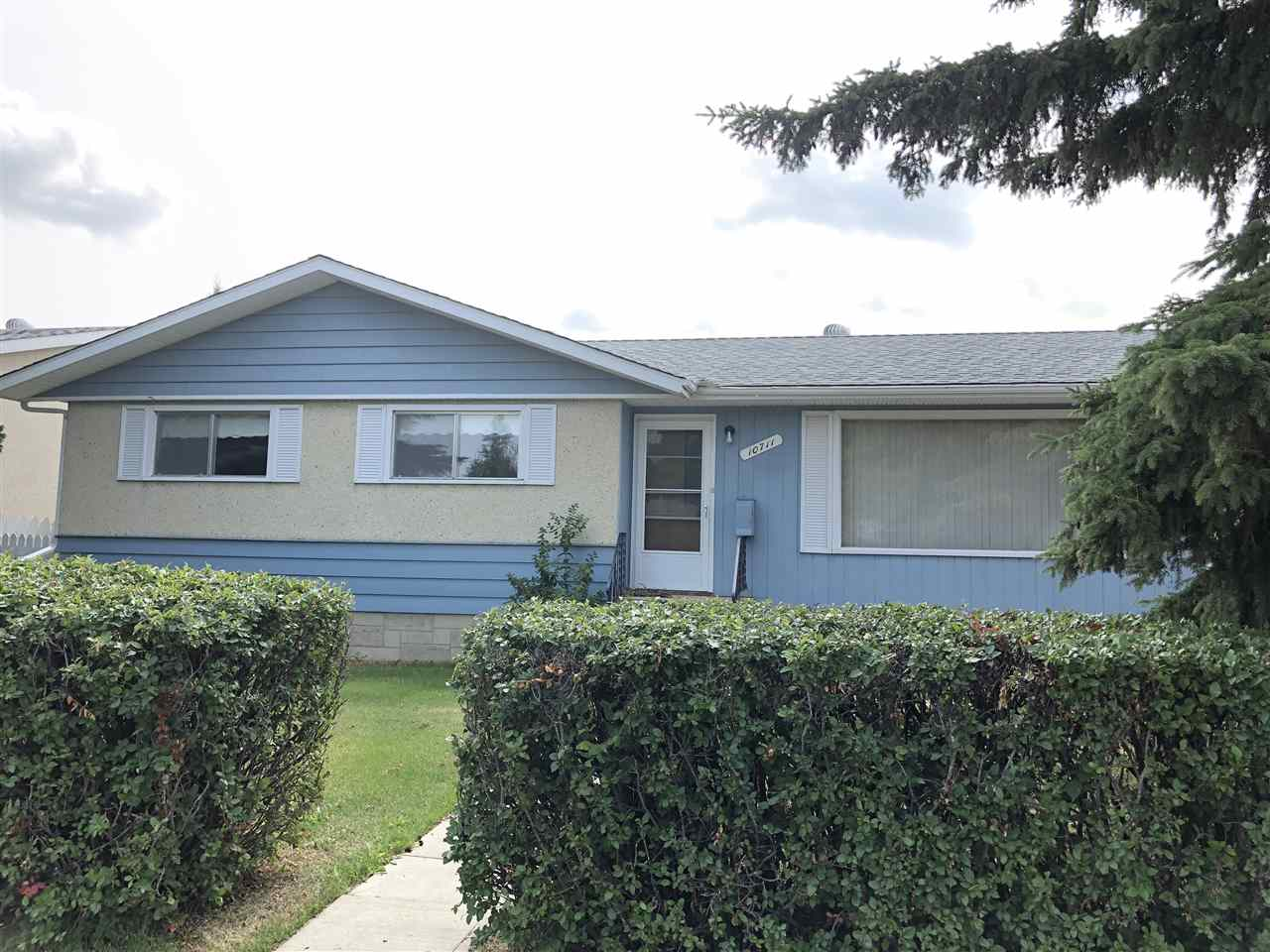 Main Photo: 10711 102 Street: Westlock House for sale : MLS®# E4087317