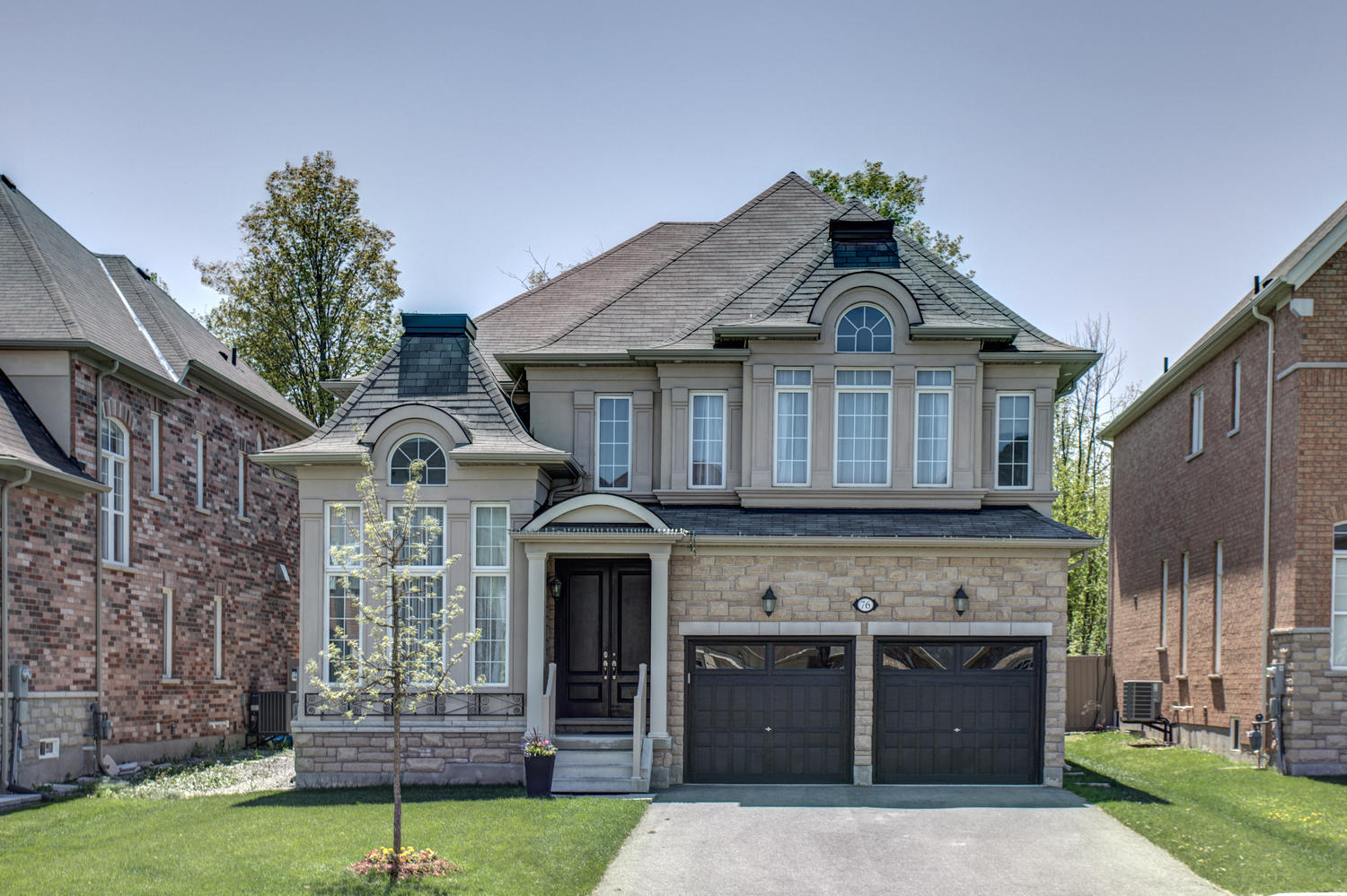 Main Photo: 76 Heintzman Crescent in Vaughan: Patterson Freehold for sale