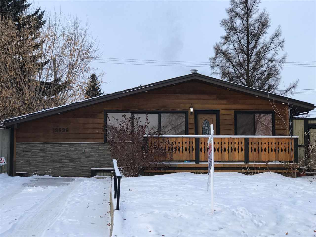 Main Photo: 13536 134 Street NW in Edmonton: Zone 01 House for sale : MLS® # E4095656