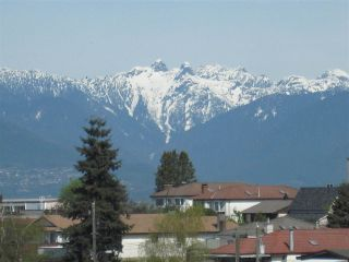 "Main Photo: 706 3455 ASCOT Place in Vancouver: Collingwood VE Condo for sale in ""Queens Court"" (Vancouver East)  : MLS® # R2246896"