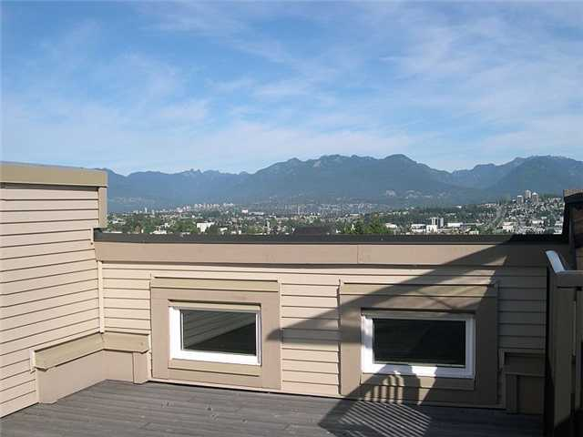 "Photo 8: 17 3788 LAUREL Street in Burnaby: Burnaby Hospital Townhouse for sale in ""LAUREL"" (Burnaby South)  : MLS® # V914306"