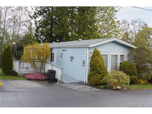 Photo 17: SAANICHTON MOBILE HOME = SAANICHTON REAL ESTATE Sold With Ann Watley! Call (250) 656-0131