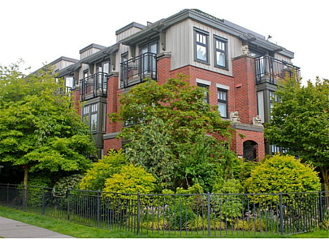 FEATURED LISTING: 1709 MAPLE Street Vancouver