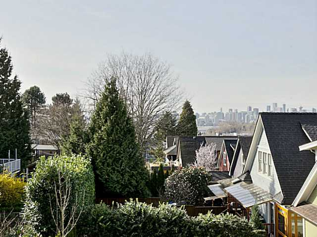 Photo 19: 1421 COTTON Drive in Vancouver: Grandview VE House for sale (Vancouver East)  : MLS® # V1109683
