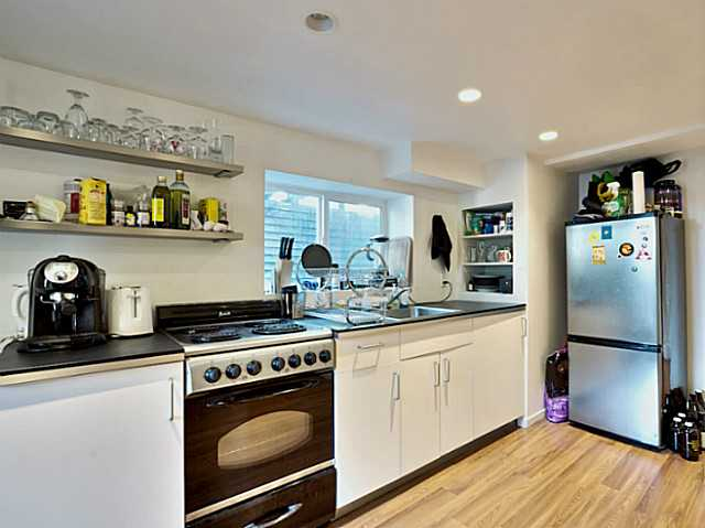 Photo 2: 1421 COTTON Drive in Vancouver: Grandview VE House for sale (Vancouver East)  : MLS® # V1109683