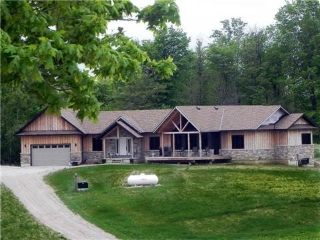 Main Photo: 425202 25th Sdrd in Amaranth: Rural Amaranth House (Bungalow) for sale : MLS®# X3205993
