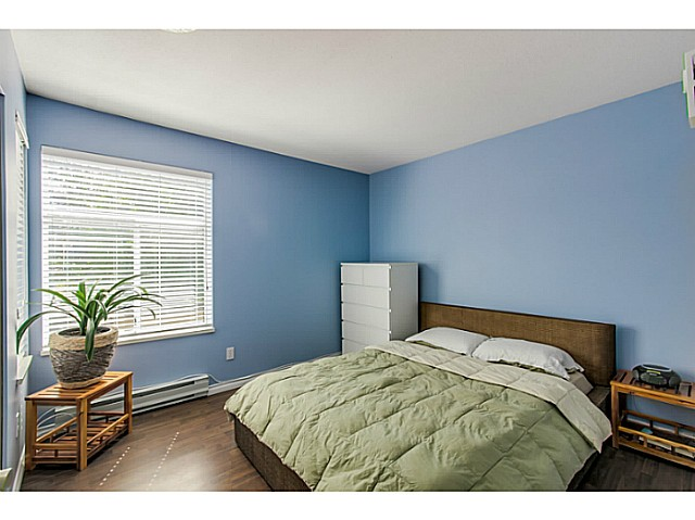 "Photo 8: 212 3628 RAE Avenue in Vancouver: Collingwood VE Condo for sale in ""RAINTREE GARDENS"" (Vancouver East)  : MLS(r) # V1124782"