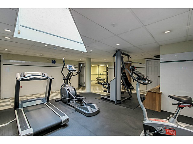"Photo 12: 212 3628 RAE Avenue in Vancouver: Collingwood VE Condo for sale in ""RAINTREE GARDENS"" (Vancouver East)  : MLS(r) # V1124782"