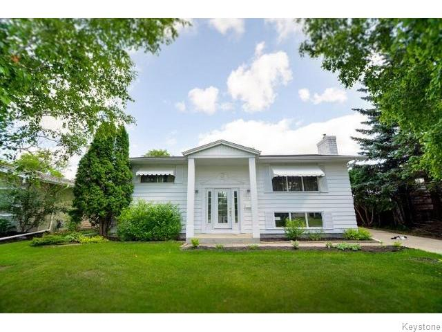 Main Photo: 75 Valley View Drive in WINNIPEG: Westwood / Crestview Residential for sale (West Winnipeg)  : MLS® # 1518931