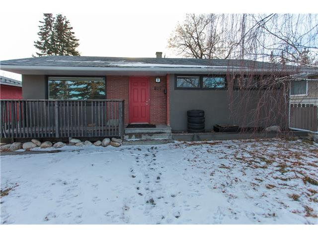 Main Photo: 4807 WAVERLEY Drive SW in Calgary: Westgate House for sale : MLS(r) # C4042129