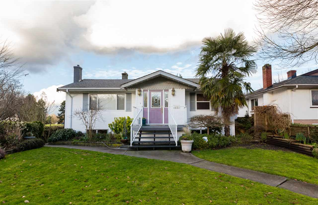 Main Photo: 2249 E 19TH Avenue in Vancouver: Grandview VE House for sale (Vancouver East)  : MLS®# R2032611
