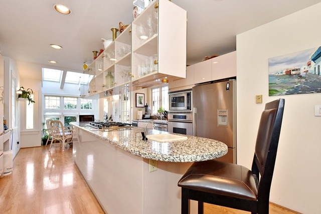 Photo 7: 1763 W 59TH Avenue in Vancouver: South Granville House for sale (Vancouver West)  : MLS(r) # R2032711