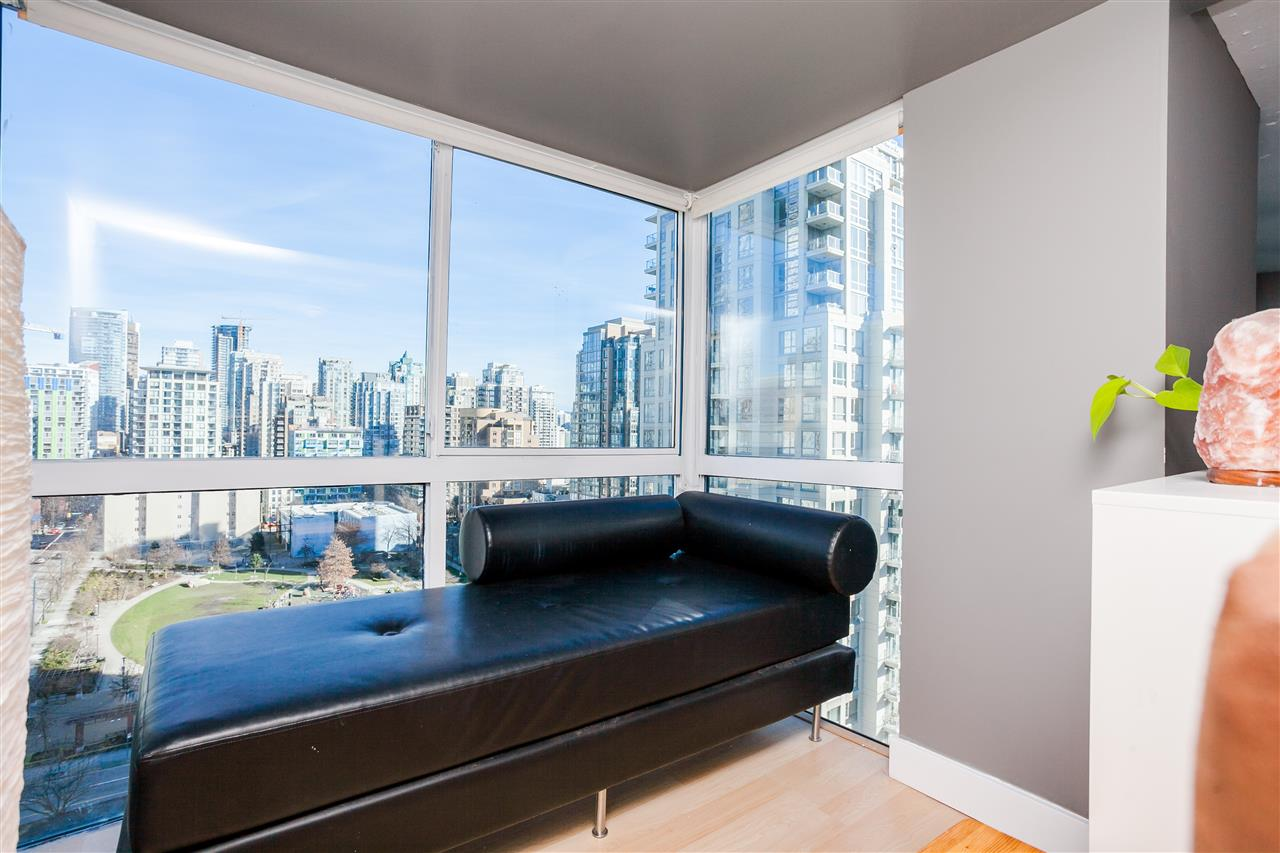 "Photo 12: 807 1238 SEYMOUR Street in Vancouver: Downtown VW Condo for sale in ""SPACE"" (Vancouver West)  : MLS(r) # R2033059"