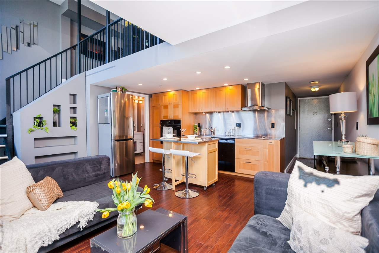 "Photo 2: 807 1238 SEYMOUR Street in Vancouver: Downtown VW Condo for sale in ""SPACE"" (Vancouver West)  : MLS(r) # R2033059"