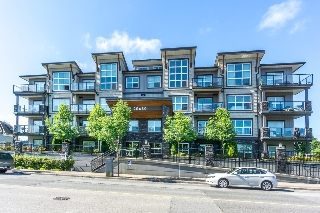 "Main Photo: 404 20630 DOUGLAS Crescent in Langley: Langley City Condo for sale in ""BLU"" : MLS® # R2085827"